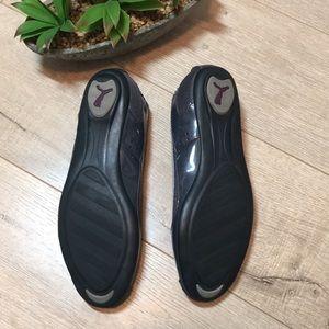 81230fcb43a Puma Shoes - Puma Zandy ballet flats sz 11